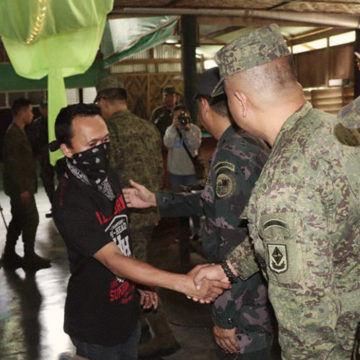 An entire unit of the CPP-NPA yields to 75IB and 26IB in Agusan del Sur