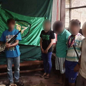 5 NPA rebels surrender in Zambo Norte