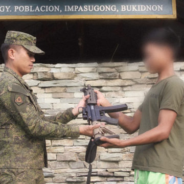 Teenage NPA member surrenders in Bukidnon